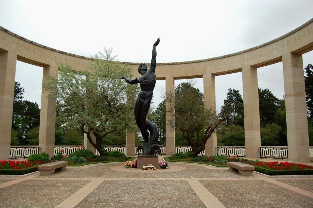 Memorial (2013)