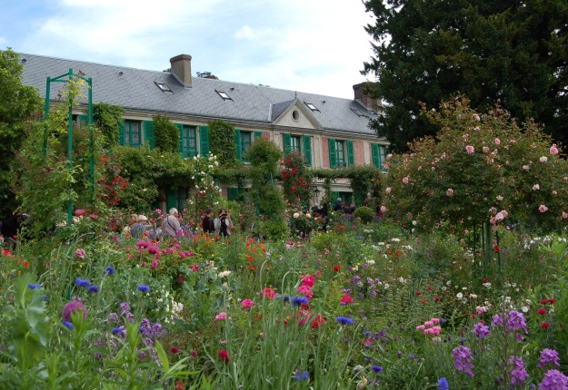 One of the most photographed buildings in the world--the Monet family home.