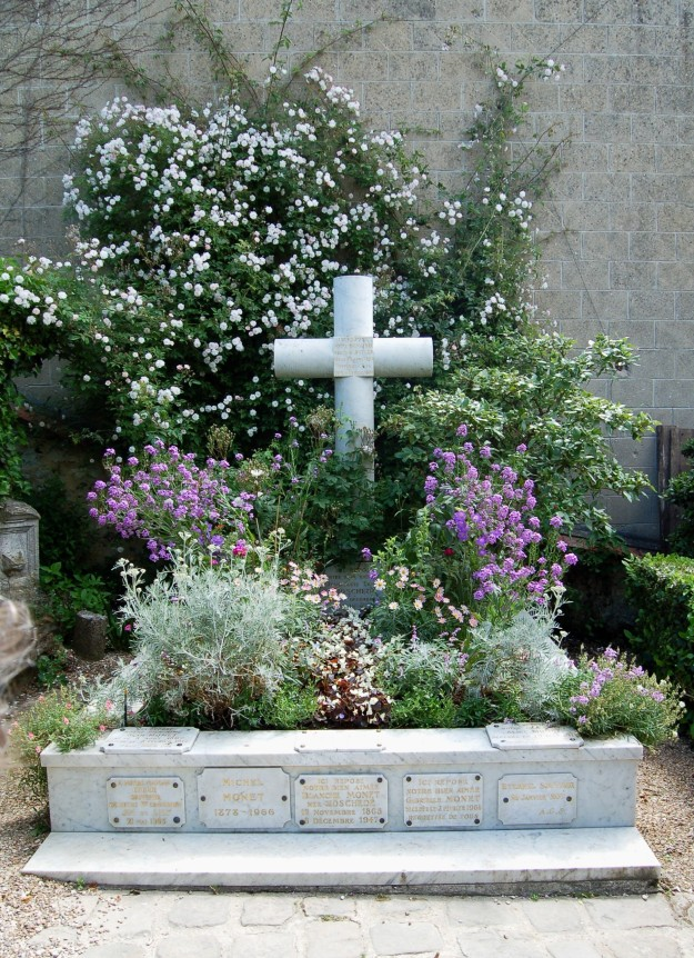 The Monet family grave in the churchyard.