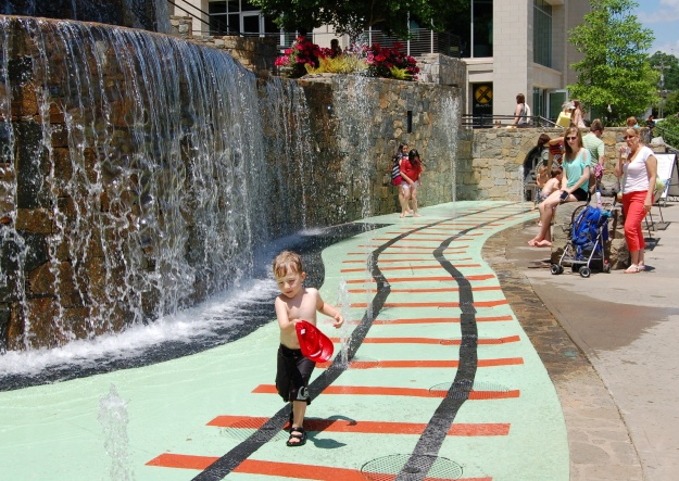 The children's fountain at River Place.
